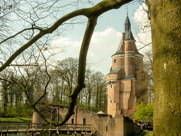 Duurstede Castle Blues and weddings in the countryside of Holland.