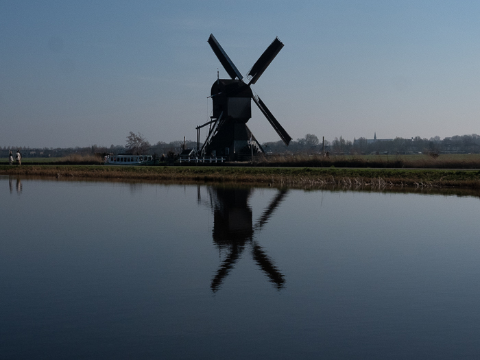 Where to see Dutch windmills? Go to the Kinderdijk.