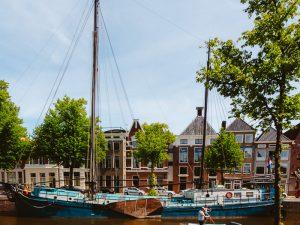 Visit 't Roegwold. Brown fleet in Groningen at Hoge der A
