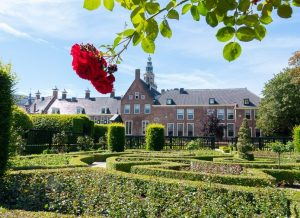 Visit 't Roegwold in Groningen. Prinsentuin in the center of Groningen